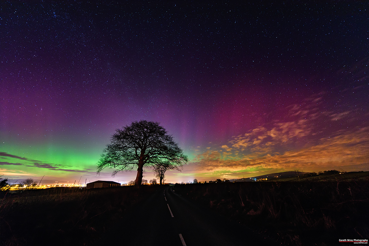 """Mothers Day"" Aurora in Ireland"