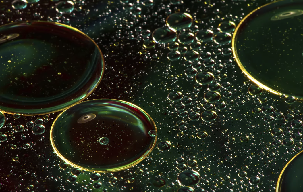 How to photograph waterdrops and oil