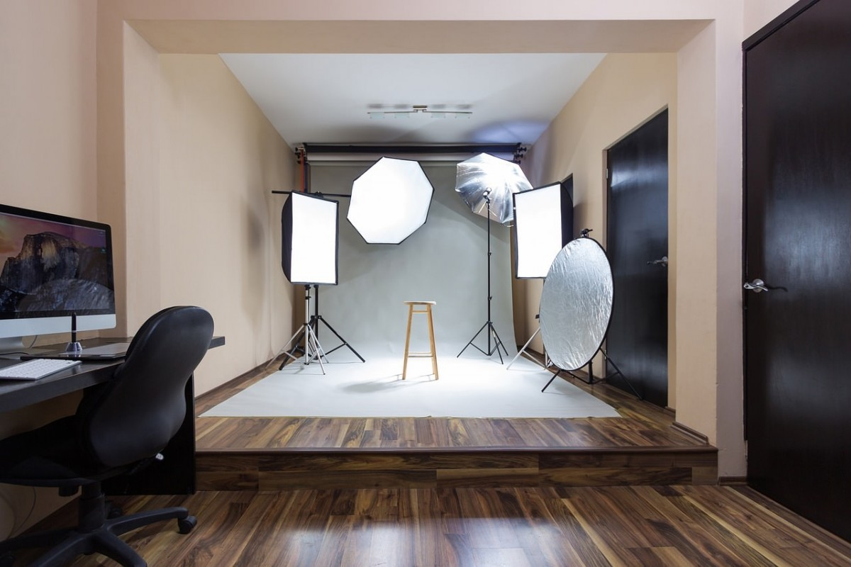 How to Make a Home Photography studio on a budget